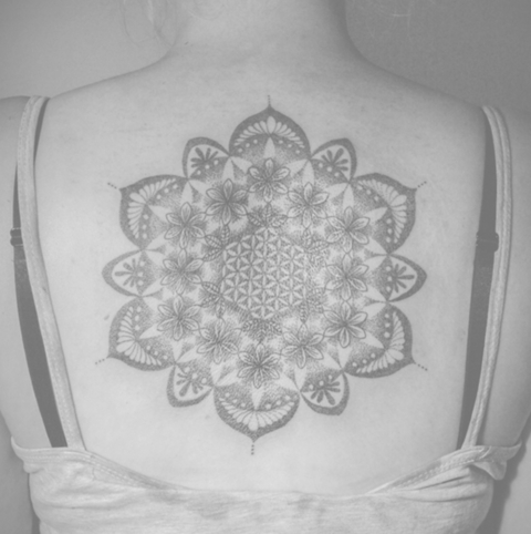 DotWork – FineLineTattoo – Ethno